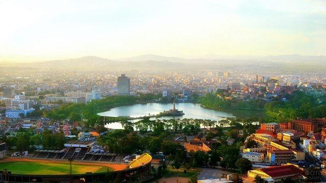 Панорама центра города в Антананариву