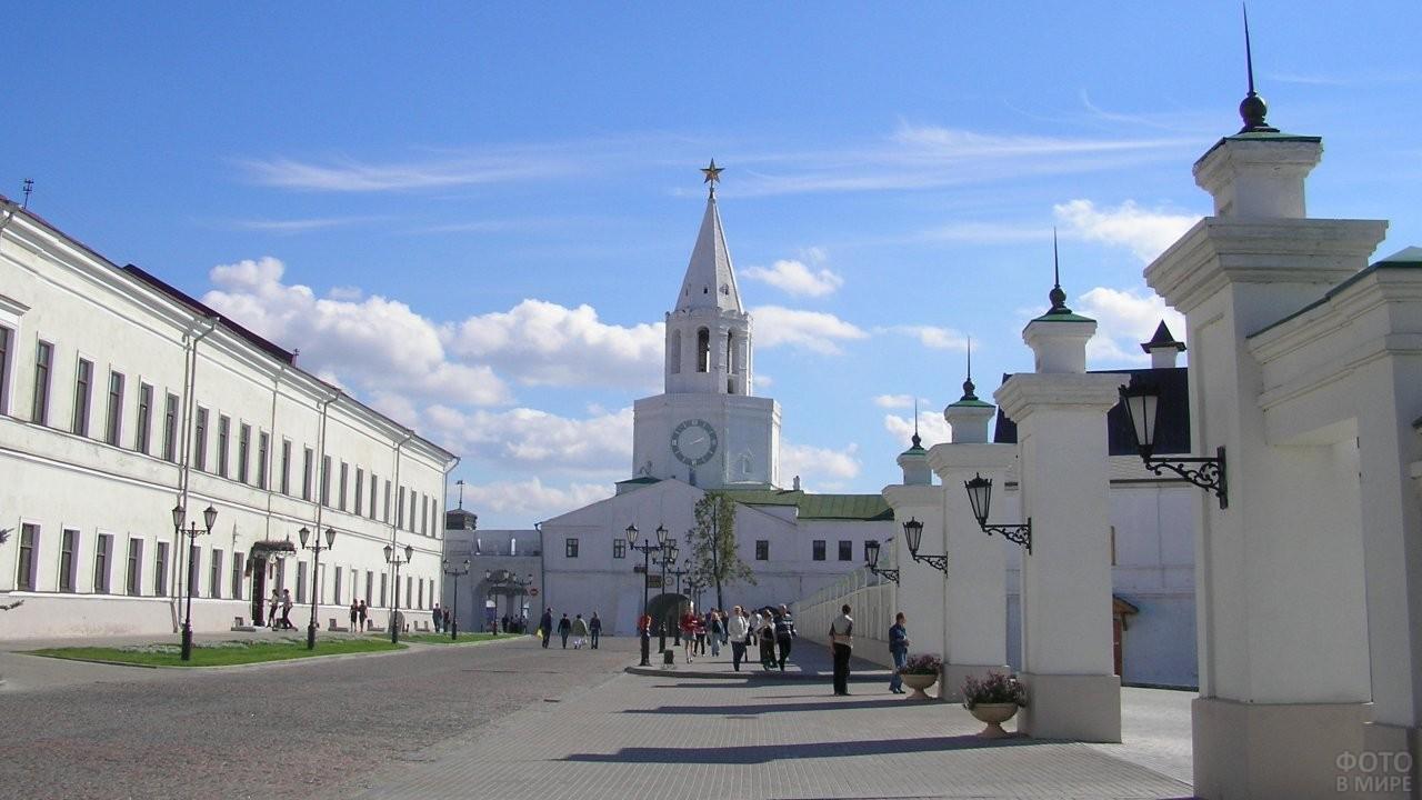 Казанский Кремль днём