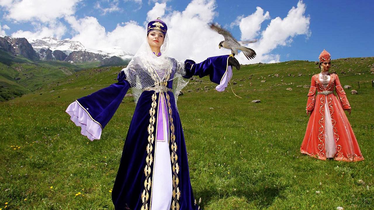 Девушка в азербайджанском платье
