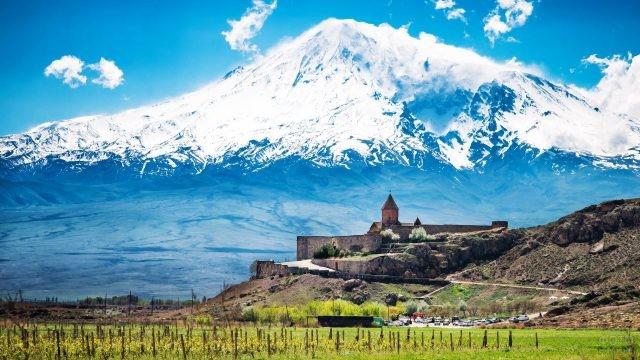 Древний армянский монастырь Хор Вирап