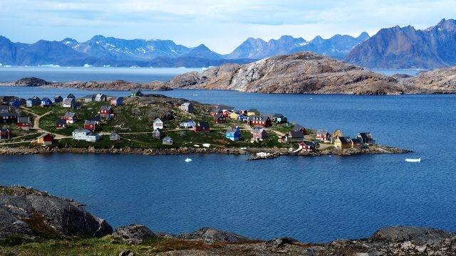 Летний Иллоккортоормиут на востоке Гренландии