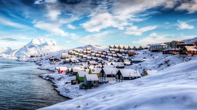 Заснеженный зимний Нуук