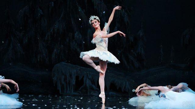 Балерина Хьюстонского театра в партии Снежной королевы