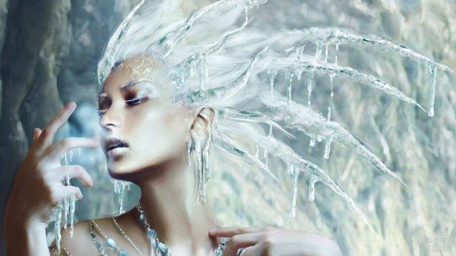Фэнтези-образ с ледяными волосами-короной