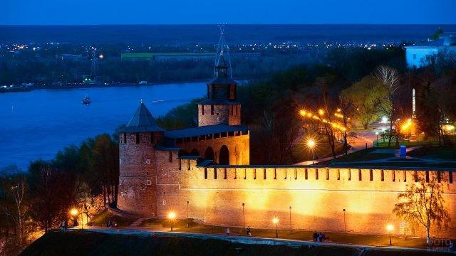 Подсветка стен Кремля