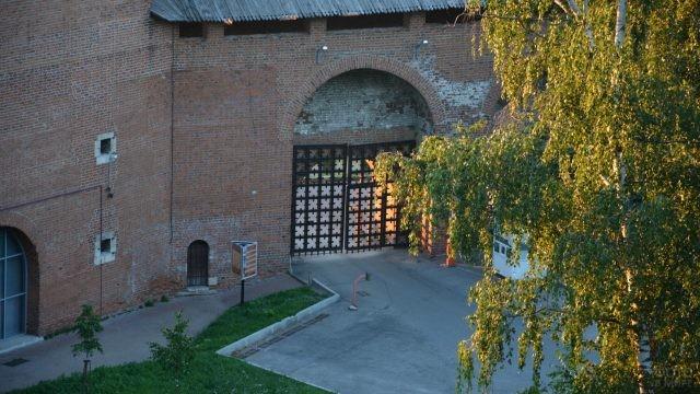 Ворота в Нижегородском Кремле