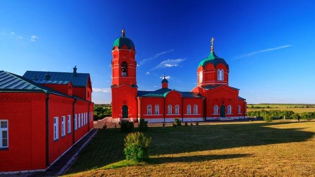 Музей и храм-мемориал в селе Монастырщино