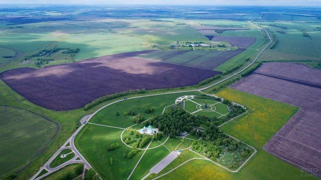 Панорама мемориала и музея-заповедника вдоль трассы М4-Дон