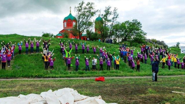 Школьники на фестивале в музее-заповеднике Куликовской битвы