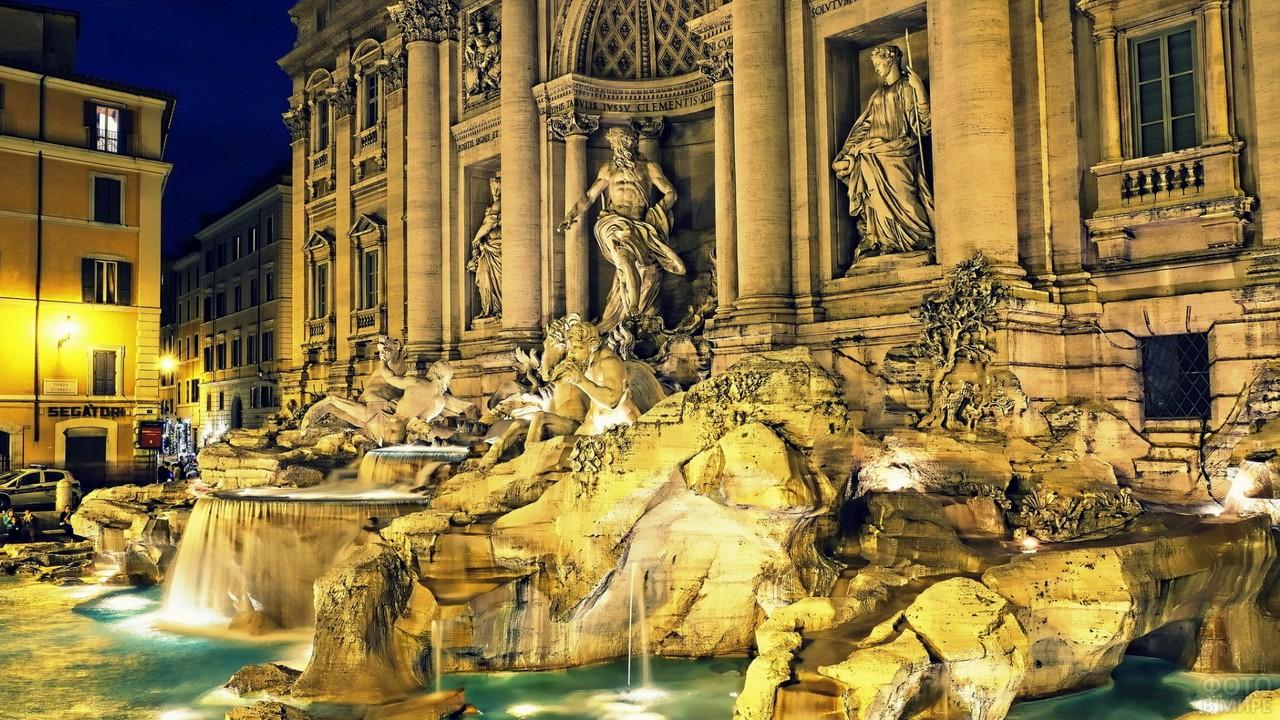Красивое сооружение в Италии