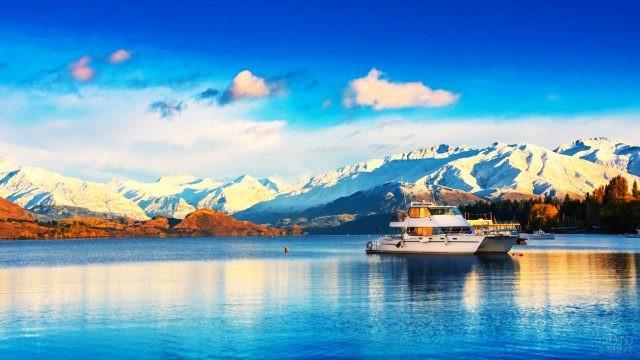 Прогулка на корабле по озеру Ванака