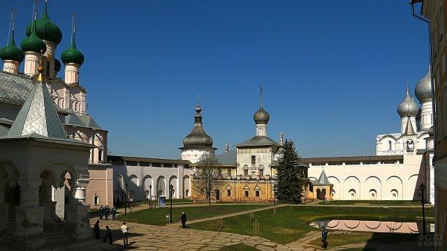 Храмы Ростовского Кремля