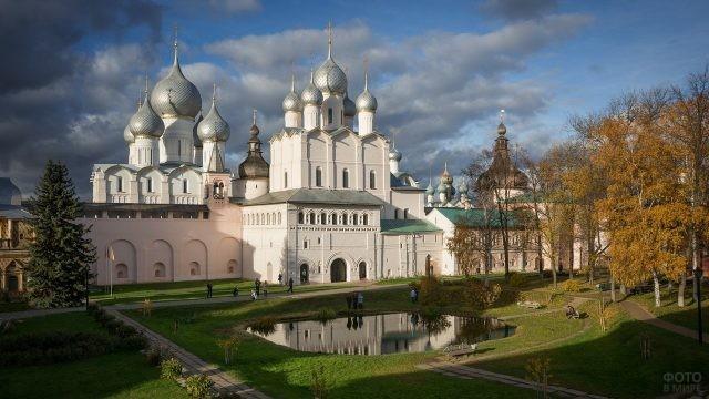 Ростовский митрополичий двор