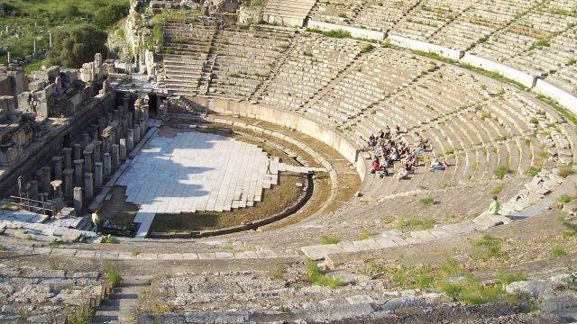 Арена большого театра