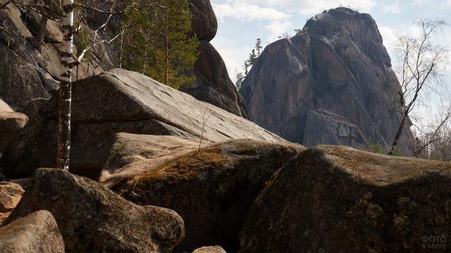 Уникальные сибирские скалы