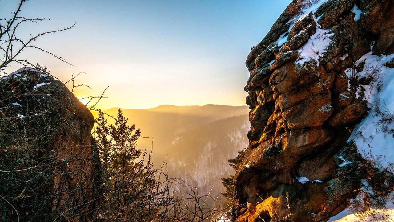 Зимний рассвет в жемчужине Красноярского края
