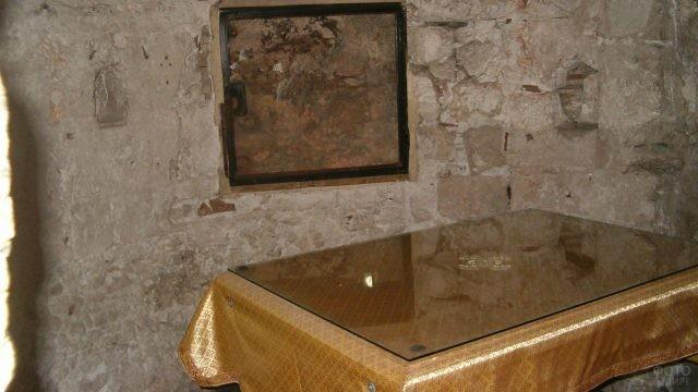 Частица Голгофы в храме