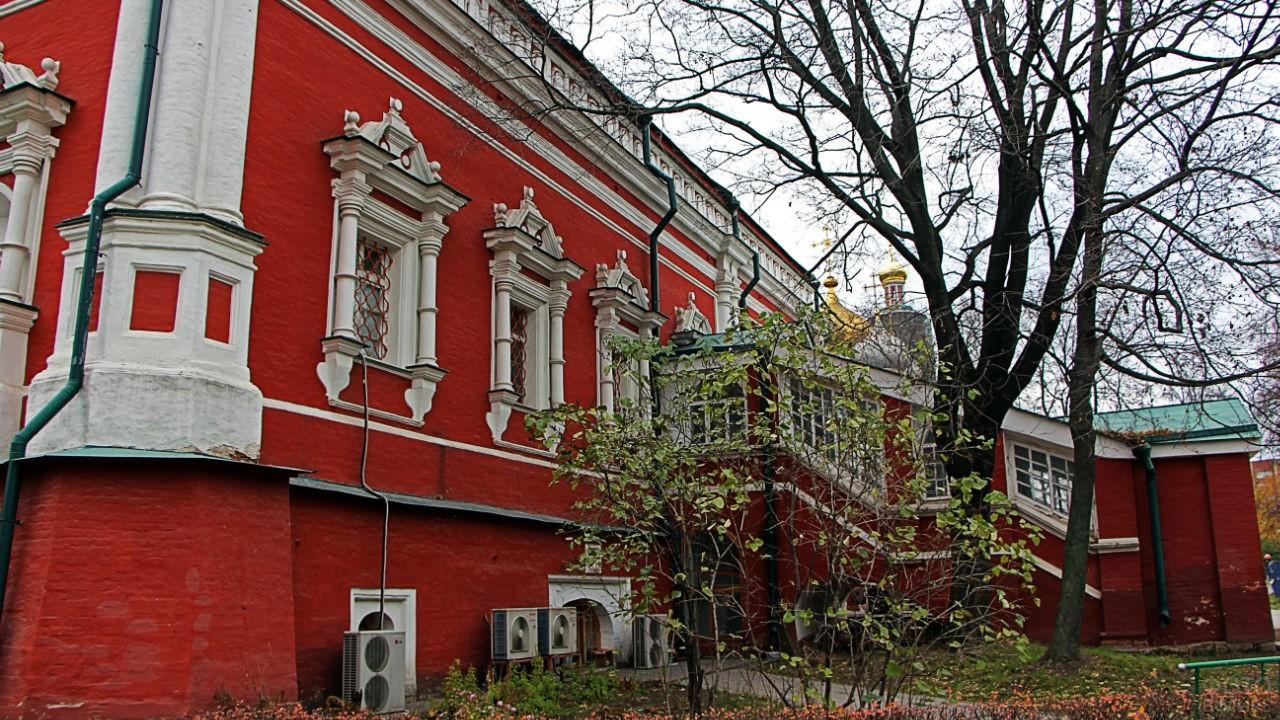 Объект Юнеско в Новодевичьем монастыре