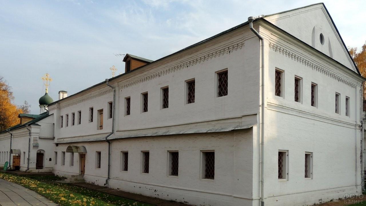 Сетунские палаты в монастыре